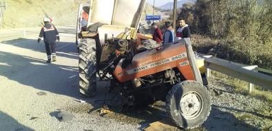 Yol Süpürme Aracı İle Minibüs Çarpıştı Açıklaması 1 Yaralı