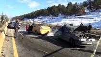 Ağrı'da Zincirleme Trafik Kazası Açıklaması 2 Yaralı