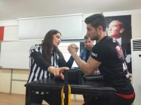 BİLEK GÜREŞİ - Dünya Şampiyonu Bilek Güreşçisi Fatih Kamuz Yavuzeli'nde