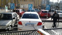 TRAFİK KANUNU - Kocaeli'de Bin 200 Sürücüye Engelli Yerine Park Cezası Kesildi