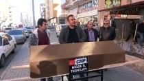 SUÇ DUYURUSU - Niğde'de CHP İl Yönetimini 'Tabutlu' Protesto