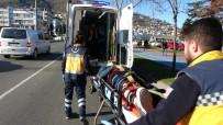 KARADENIZ SAHIL YOLU - Ordu'da Otomobilin Çaptığı Bisikletli Genç Yaralandı