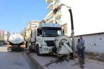 ASAT Kanalizasyon Hatlarını Temizliyor