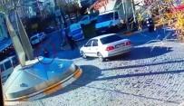 Avcılar'da Evlerinin Yakınındaki Markete Giden Dede İle Torununa Araba Çarptı