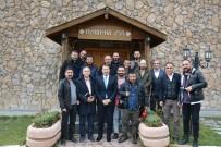 YıLDıZLı - Başkan Gür, Gazetecilerle Bir Araya Geldi