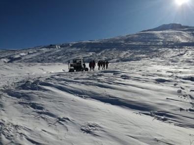 Uludağ'da Kayıp Dağcılar İçin Isıya Duyarlı 2 Arama Uçağı Getirildi