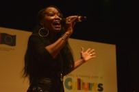 YABANCI ÖĞRENCİ - ABD'li Şarkıcı Della Miles Eskişehir'de Konser Verdi