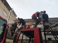 Bursa'da Can Pazarı... Alevler İçinde Kalan 3'Ü Çocuk 10 Kişi Kurtarıldı