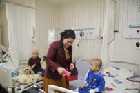 ONKOLOJİ HASTANESİ - Büyükşehir, Çocukları VR Gözlüğü'yle Tanıştırdı