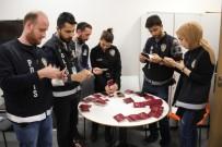 SCHENGEN - Sahte Belgelerle Yurt Dışına Çıkmak İsteyen 34 Kişi Yakalandı