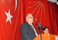 İLÇE KONGRESİ - Çeşme CHP'de Kavasoğullar Yeniden Başkan Seçildi