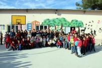 CANER YıLDıZ - Kırsaldaki Çocukların Yüzü Kızılay İle Gülüyor