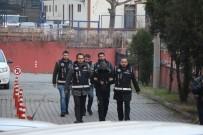 AKILLI CEP TELEFONU - Resmi Belgede Sahtecilik Yapan 3 Kişi Tutuklandı