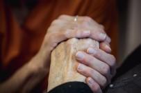 Alzheimer Hastaları Tepebaşı'nda Yalnız Değil