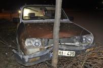 Direksiyon Hakimiyetini Kaybeden Sürücü Ağaca Çarptı Açıklaması 1 Yaralı