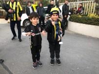 CAN BARTU TESISLERI - Fenerbahçe Taraftarı Samandıra'da Toplandı