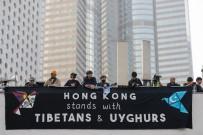 GÖZ YAŞARTICI GAZ - Hong Kong'da Uygur Türklerine Destek Gösterisine Polis Müdahalesi