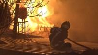 Bursa'da Korkutan Yangın, 3 Fabrika Küle Döndü
