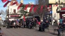 HAVA SICAKLIKLARI - Edirne'de Vatandaşlar Güzel Havanın Tadını Çıkardı