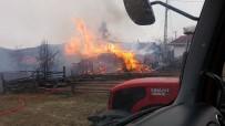 Tosya'da Çıkan Yangında 1 Ev Küle Döndü