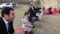 TOPRAK MAHSULLERI OFISI - Başkan Davulcu, Çocuklarla Oyun Oynayıp Hediyeler Dağıttı