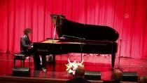 PIYANIST - Genç Piyanist Berkay Özkan Tekirdağ'da Sahne Aldı