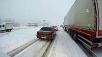 Kar Nedeniyle Kahramanmaraş-Kayseri Kara Yolunun Tek Yönü Ulaşıma Kapandı