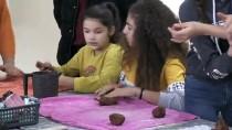 Kırklareli'de Köyde Yaşayan Çocuklar Ebru Ve Seramik Sanatı İle Tanıştı