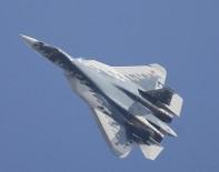 DENEME UÇUŞU - Rusya'da Su-57 Savaş Uçağı, Test Uçuşu Sırasında Düştü