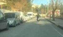 Siirt'te Motosiklet Üzerinde Tehlikeli Hareketler