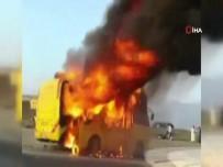 OKUL SERVİSİ - Suudi Arabistan'da Öğrenci Servisi Alev Alev Yandı Açıklaması 1'İ Ağır 4 Yaralı