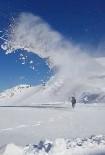 VEDAŞ Ekiplerinin Zorlu Kış İmtihanı
