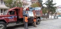 AKŞEHİR BELEDİYESİ - Akşehir'de Çöp Konteynerleri Yenileniyor