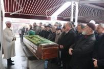 Bolu'da, 103 Yaşında Vefat Eden Din Adamı Türbe Haziresine Defnedildi