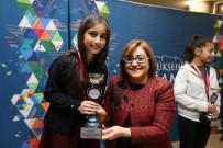 TENİS TURNUVASI - Gaziantep'te Tenis Kurtuluş Kupası Ödül Töreni Düzenledi