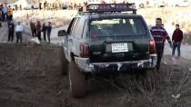 MODIFIYE - Irak'ta Off-Road Tutkunu Gençler Nefes Kesiyor