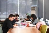 Konyaaltı Belediyesi Gençlik Lokaline Yoğun İlgi