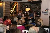 KAVAKLı - Hayatın İçindeyim Projesi, Okuma Tiyatrosu İle Vatandaşlarla Buluştu