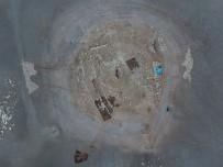 ARKEOLOJİK KAZI - Suların Çekilmesiyle Ortaya Çıkan Höyüğün 12 Bin Yıllık Olduğu Belirlendi