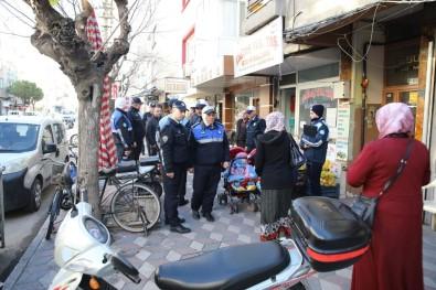 Akhisar'da Kaldırım İşgallerine İzin Yok