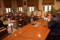 Başkan Çatal, 'Halk Günü'nde Vatandaşlarla Bir Araya Geldi