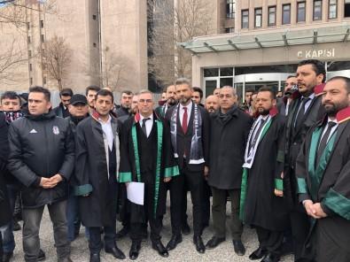 Beşiktaşlı Taraftarlardan Derbi Hakemleri İçin Suç Duyurusu
