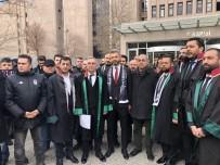 CÜNEYT ÇAKıR - Beşiktaşlı Taraftarlardan Derbi Hakemleri İçin Suç Duyurusu