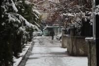 Bingöl'de Kar Etkili Oldu, 92 Köy Yolu Ulaşıma Kapandı