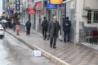 Elazığ'daki 4.9 Deprem, Okullar Tatil Edildi