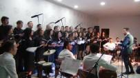 ADALET KOMİSYONU - Erciş'te Öğretmenler Korosundan Muhteşem Konser