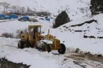 Erzincan'da 5 Köy Yolu Ulaşıma Kapandı