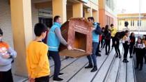 Giresun'da Okullar Sokak Hayvanlarına Sıcak Yuva Oluyor