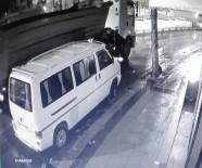 Hırsızlar Çaldıkları Tırla Kayıplara Karıştı