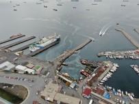 BOSPHORUS - Zeytinburnu Açıkları, Gemi Yoğunluğundan Limana Döndü